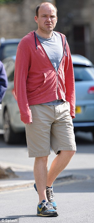 Rory-Kinnear-The-Casual-Vacancy.jpg